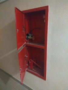 оборудованые пожарные шкафы от УК ЖилКОмСервис
